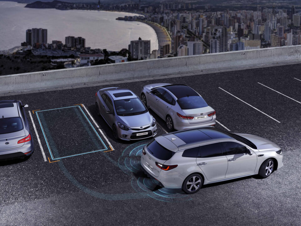 Optima Sportswagon - Equipamiento Smart Parking Assist System