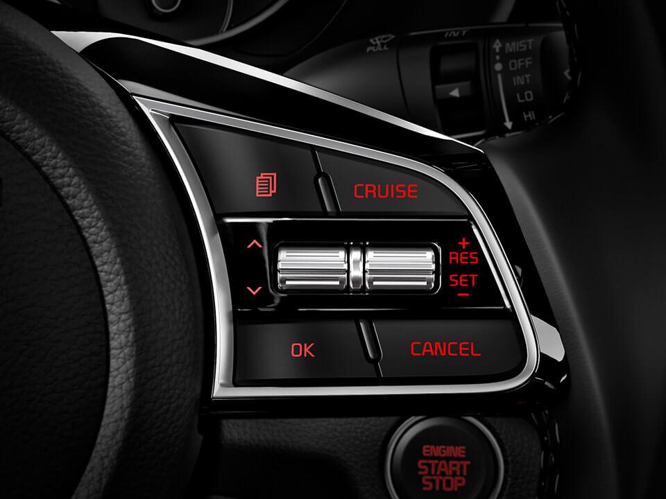 Car Bureau - Nuevo Kia Cerato - Interior - Control Al Volante