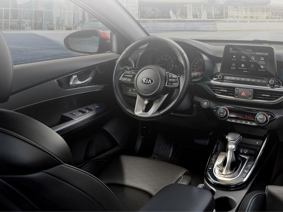 Car Bureau - Nuevo Kia Cerato - Interior